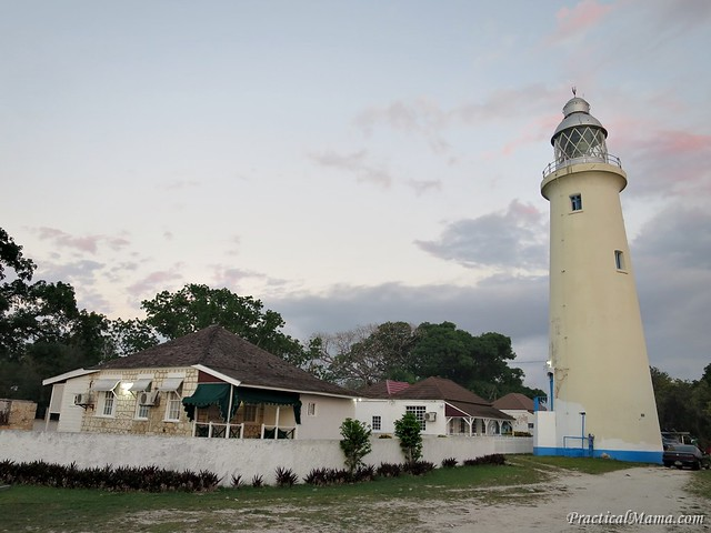 NegrilLighthouse02