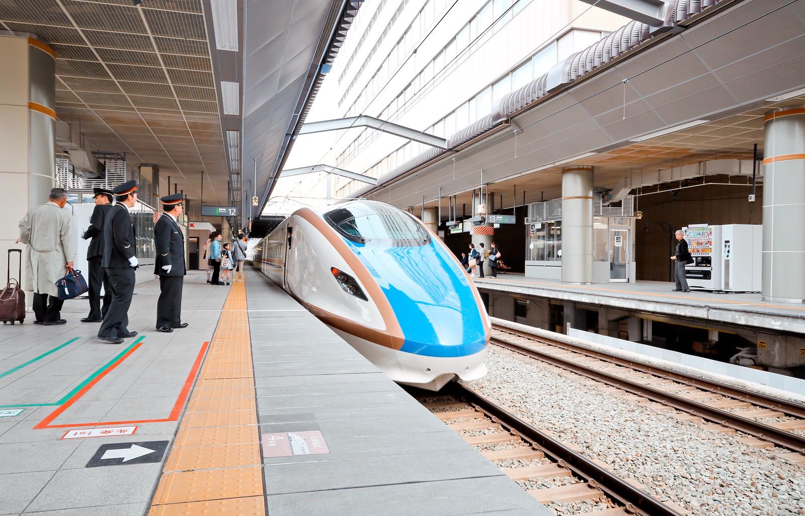 北陸新幹線E7系 @長野駅