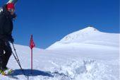 Kaukasus, Elbrus-Skibesteigung. Blick auf den nahen Elbrus-Gipfel, 5642 m. Foto: Günther Härter.