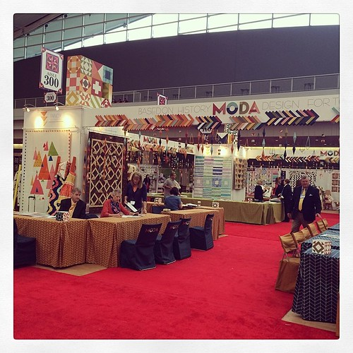 My view this morning. #showmethemoda #quiltmarket