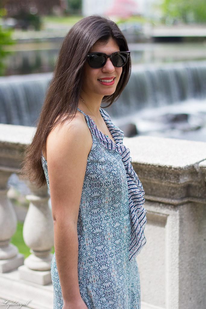 garden party maxi dress, white handbag-6.jpg