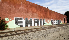 Email, Spain
