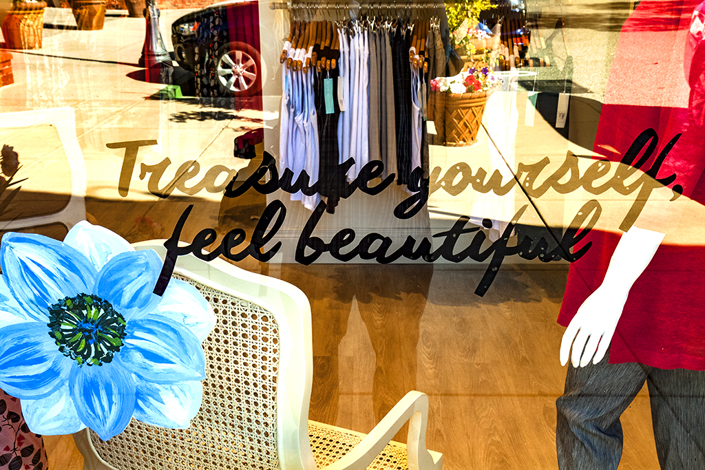 Treasure-yourself,-feel-beautiful--Los-Gatos