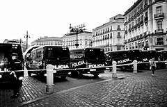 """ NOS VIGILAN""   PUERTA DEL SOL MADRID 3661 23-5-2015"