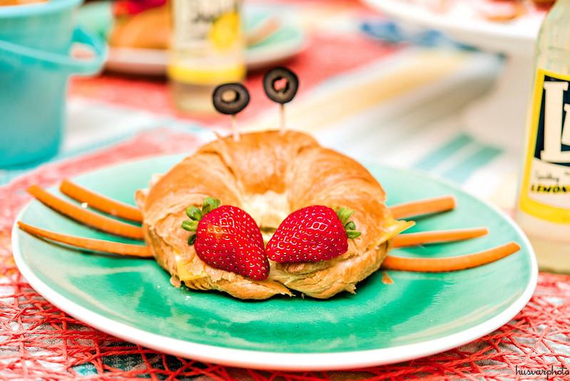 crabwich croissant sandwich #KeepPlaying