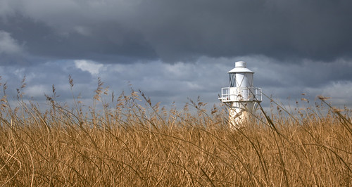 uk sky lighthouse field wales canon river reeds landscape eos britain outdoor steve cymru cardiff reserve estuary severn explore newport caerdydd wetlands 5d usk sanctuary gwent rspb uskmouth ckoud explored garrington wentloog stevegarrington