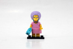 LEGO The Simpsons Minifigures Series 2 (71009) - Patty