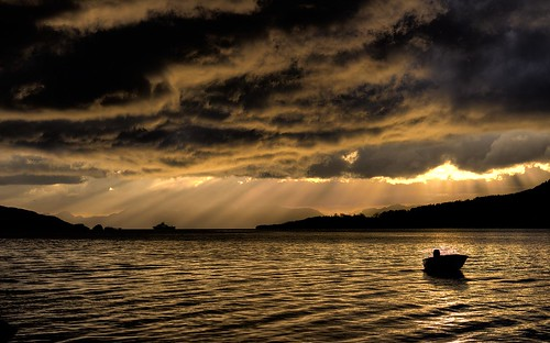 ocean sunset sea two sky sunlight storm reflection nature water silhouette norway ferry clouds canon dark landscape boats boat norge scenery skies shadows outdoor north dramatic scene fjord rays 1855 dslr sunrays northern romsdal langfjorden 700d