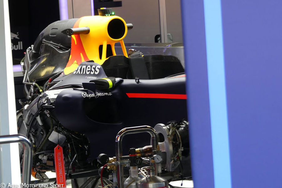rb12-chassis