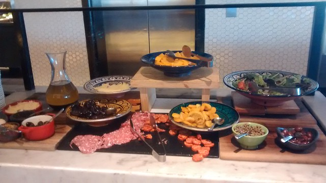 european breakfast QT hotel