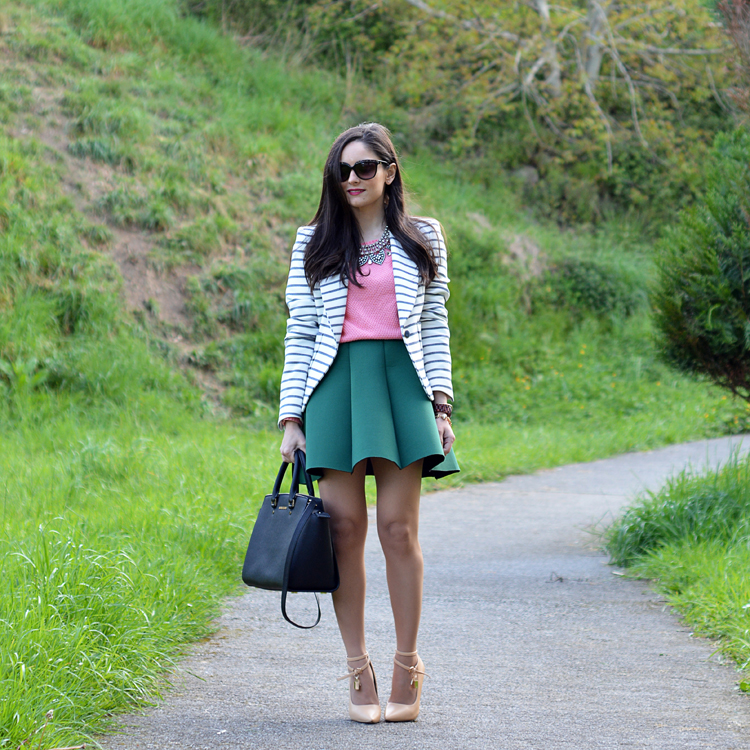 zara_ootd_outfit_falda_neopreno_como_combinar_rayas_coral_05