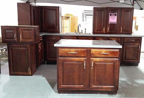 Cabinet Set $1300