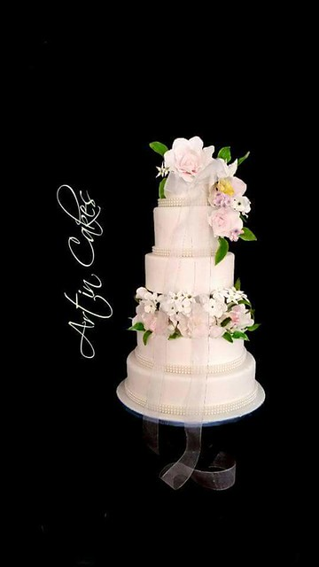 Elegant Wedding Cake by Shree S Nathan of Art In Cakes