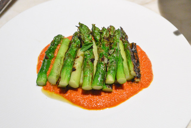 Grilled Asparagus romesco sauce