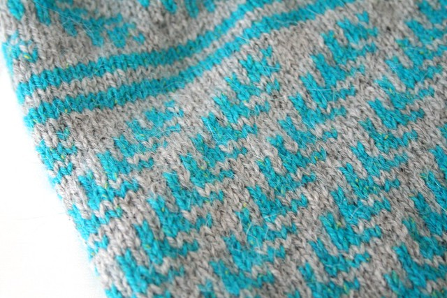 Pine Bough Cowl (detail 01)