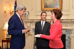 U.S. Secretary of State John Kerry swears in former Assistant Secretary of State for Western Hemisphere Affairs Roberta Jacobson as the new U.S. Ambassador to Mexico during a ceremony at the U.S. Department of State in Washington, D.C., on May 5, 2016. Also pictured is the Ambassador's husband, Jonathan Jacobson. [State Department photo/ Public Domain]