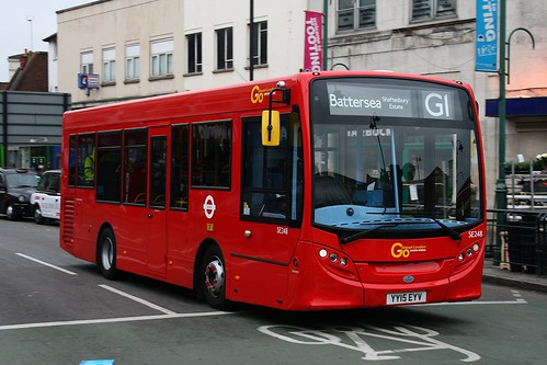 London General SE248 on Route G1, Tooting Broadway