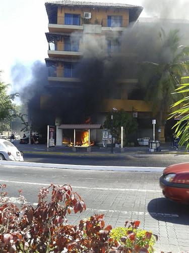 """Uso de lanzacohetes y ataque coordinado hablan de """"guerra 2.0"""" en México, dicen analistas"""