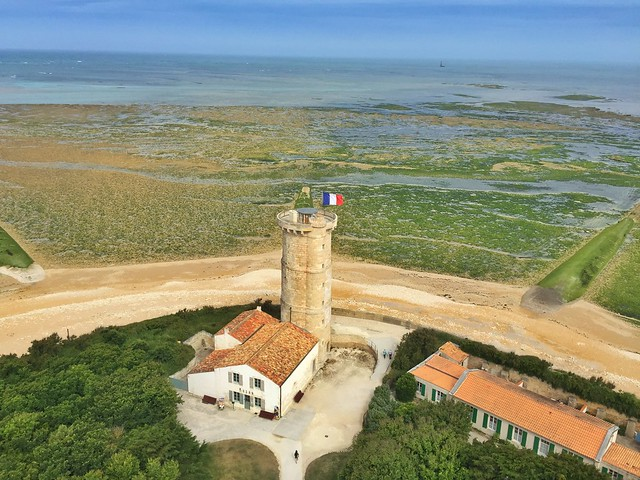 Torre de las ballenas (Isla de Ré, Francia)