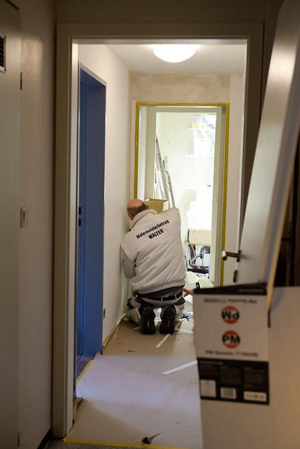 【整修工人】可能趁著淡季趕緊整修整修