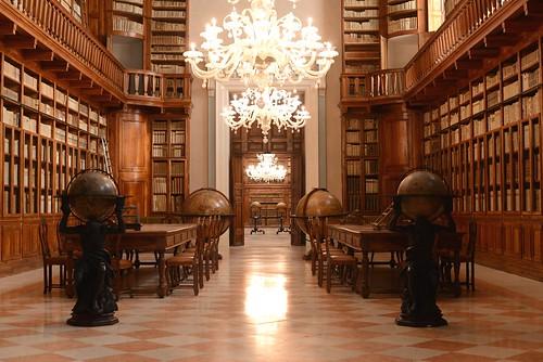 Biblioteca Teresiana di Mantova