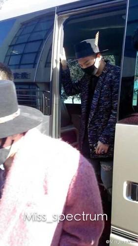 GDYBRI Arrival Hanbin 2015-03-21 Weibo Miss_spectrum  034