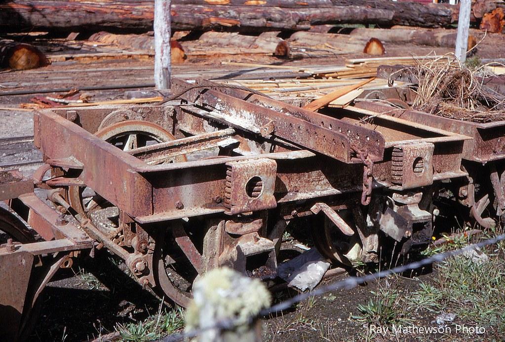 Old type log bogies (Nivens) at mill Mar 1969