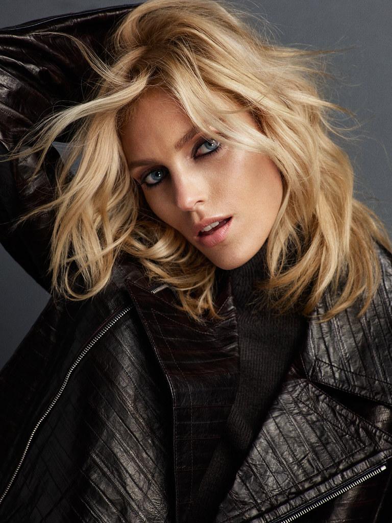 Аня Рубик — Фотосессия для «Vogue» PT 2016 – 7