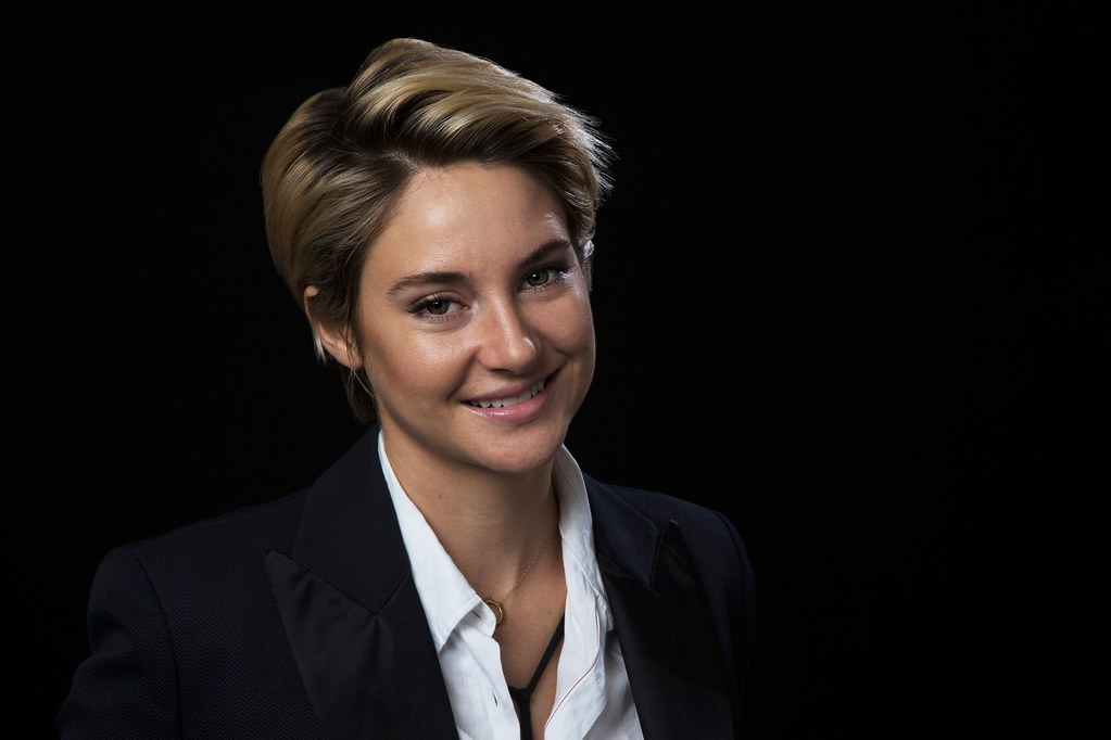 Шейлин Вудли — Фотосессия для «LA Times» 2014 – 6