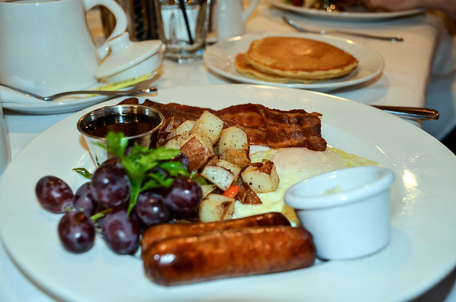 sausage pancakes steakhouse 55