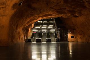 Radhuset metro