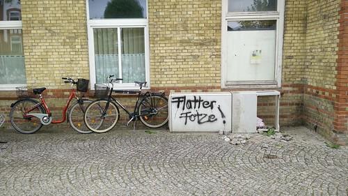 Flatterfotze