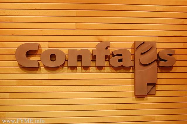Identidad corporativa de la patronal salmantina, la Confederación de Empresarios CONFAES.