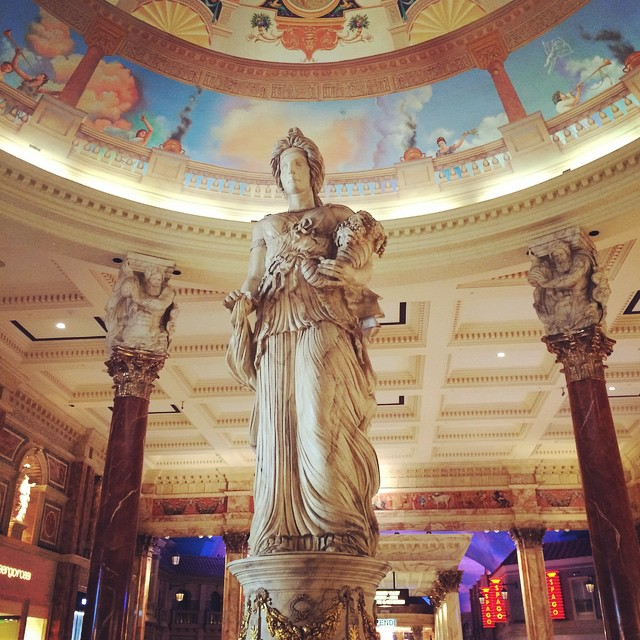 Some medieval chick #caesarspalace #lasvegas #nevada #travelingjourno