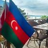 #KızKulesi ile üzbəüz #FilizlerKöftecisi restoranında əyləşən zaman #Azərbaycan'dan olduğumuzu bilən kimi masamıza bayrağımızı gətirdilər. #cümhuriyyətinmübarək #HappyRepublicDay #Azerbaijan #28May1918 #28May #1918