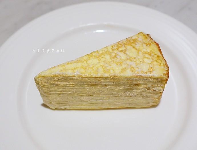 22 台南 深藍咖啡館 千層蛋糕