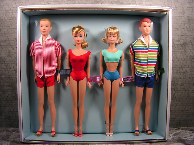 2013 Barbie Double Date 50th Anniversary Giftset Barbie, Ken, Midge and Alan BDH36 (3)