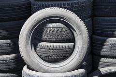 tire, automotive tire, natural rubber, wheel, synthetic rubber, tread,