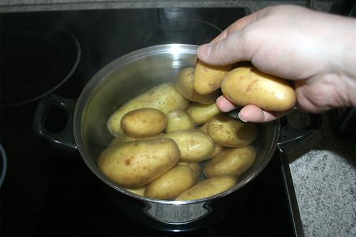 17 - Kartoffeln kochen / Cook potatoes