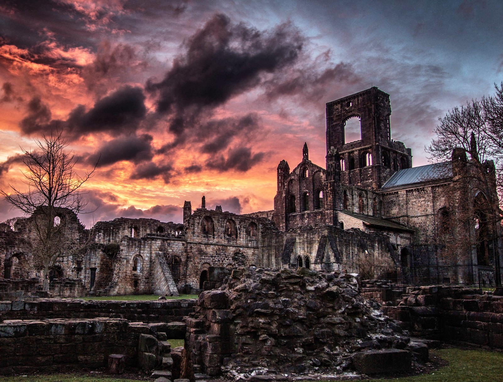 Kirkstall Abbey at sunset. Credit Minda