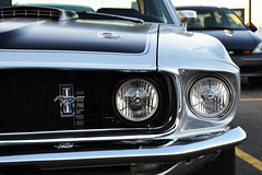 1970 Ford Mustang Coupe headlights