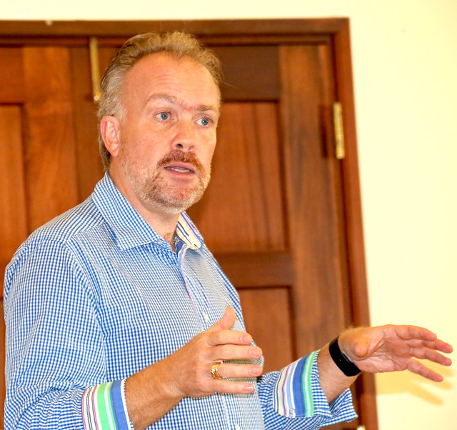 Jesper Vasell of Chalmers University of Technology in Gothenburg, Sweden facilitates a session during the BecA-ILRI Hub annual retreat 21-23 April2016