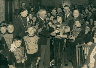 Presenting a trophy to the George Street Jazz Band