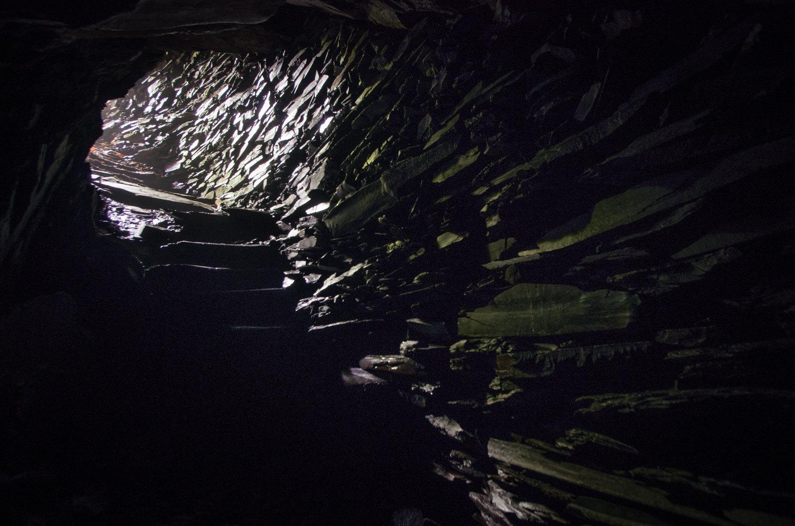 Balade dans les Ardennes - Dans l'obscurité des ardoisières