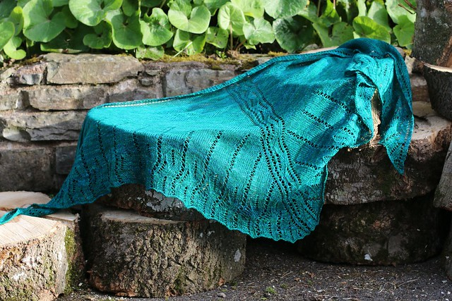 Feamainn Shawl knitting pattern by Carol Feller