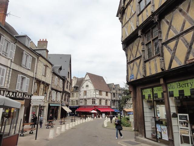 Dans les rues de Bourges