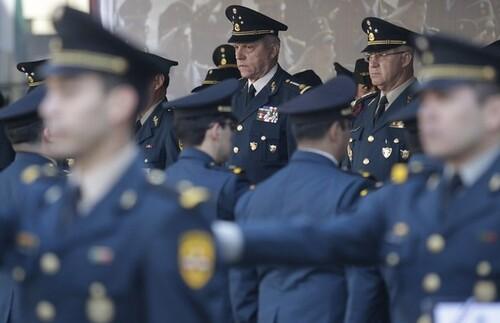 Fuerzas armadas seguirán trabajando con respeto a la ley: Sedena
