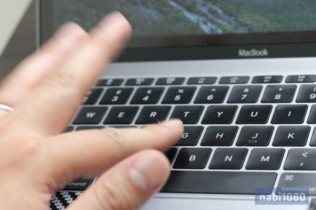 MacBook 12-03