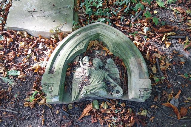 Angel -Linthorpe Cemetery