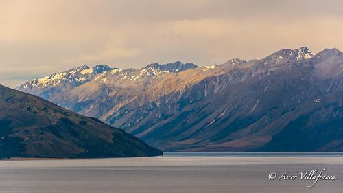 newzealand lake alps southern hawea oceania